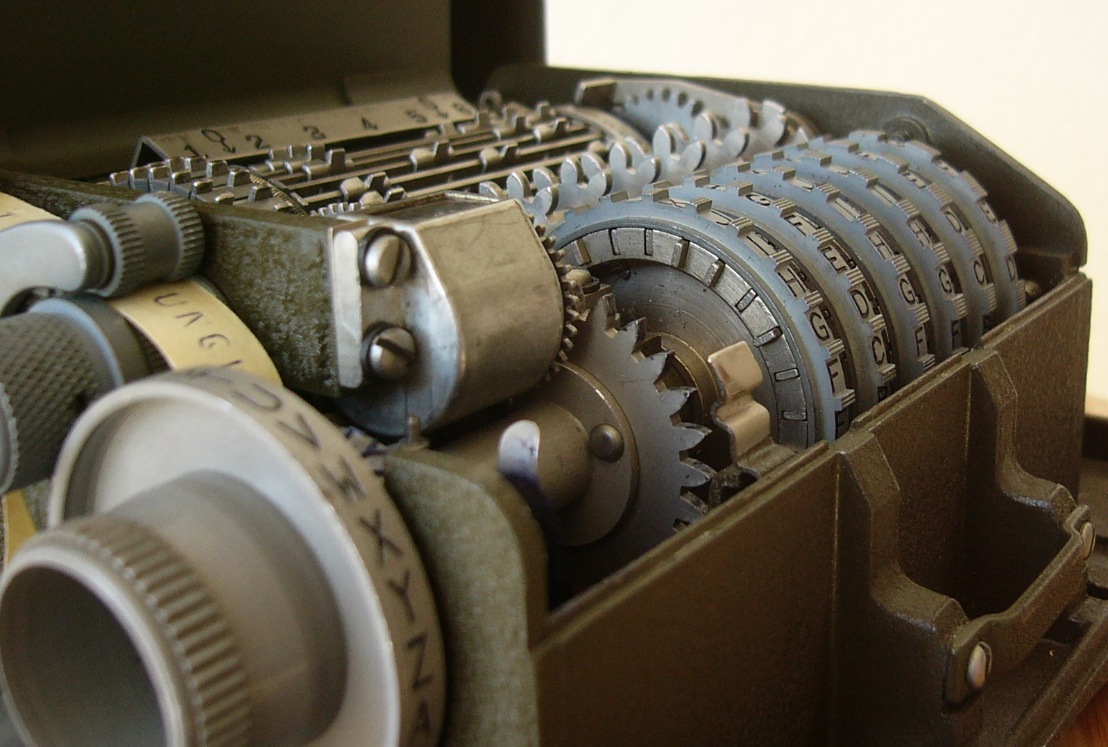 M-209 Key Wheels and Pins, Left Side