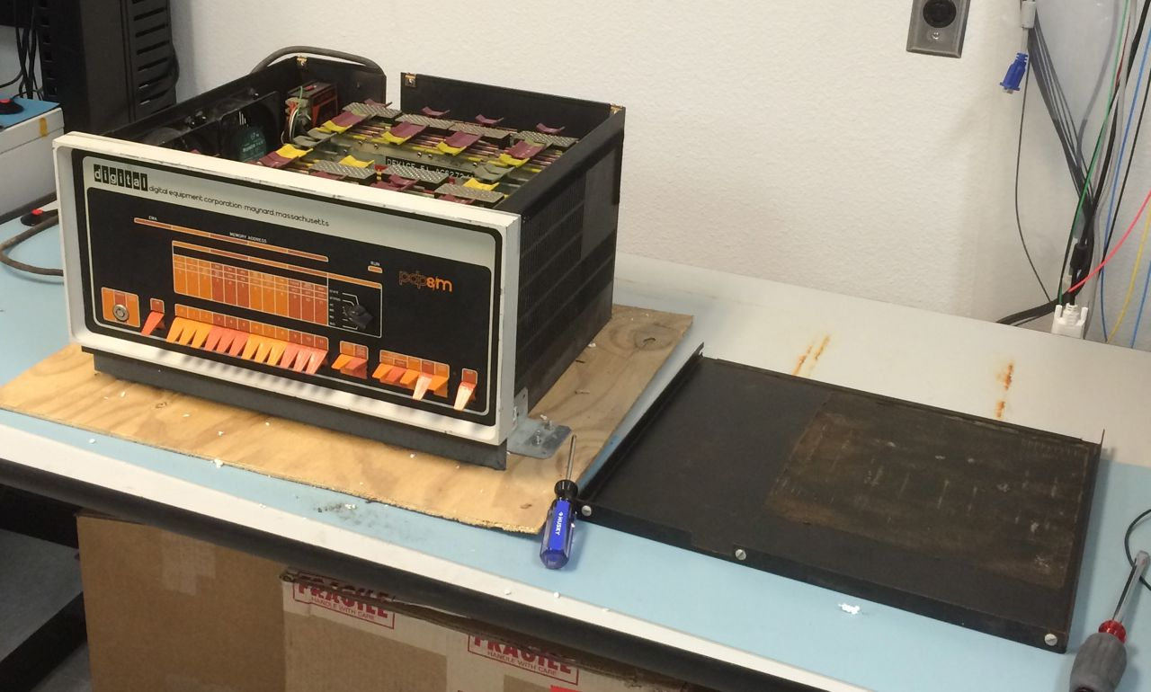 PDP-8/M, Top Cover Off