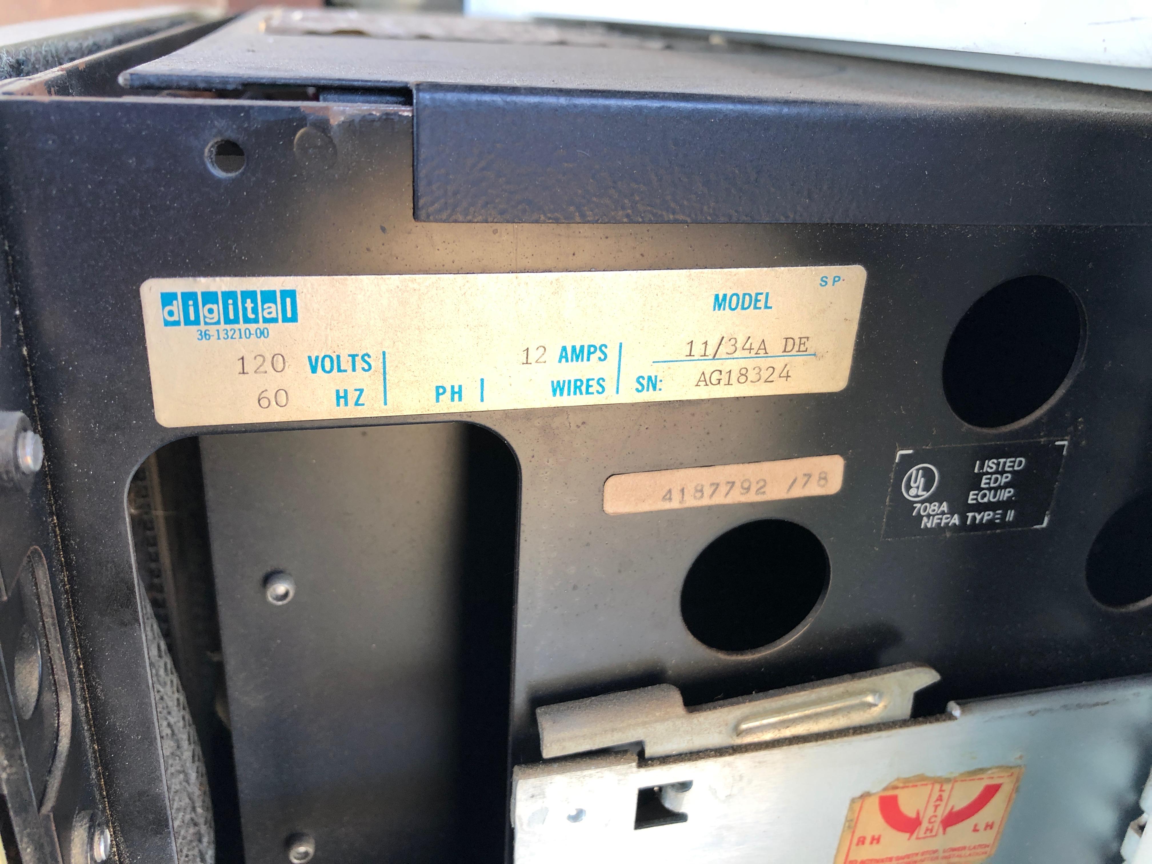 Computer Dataplate