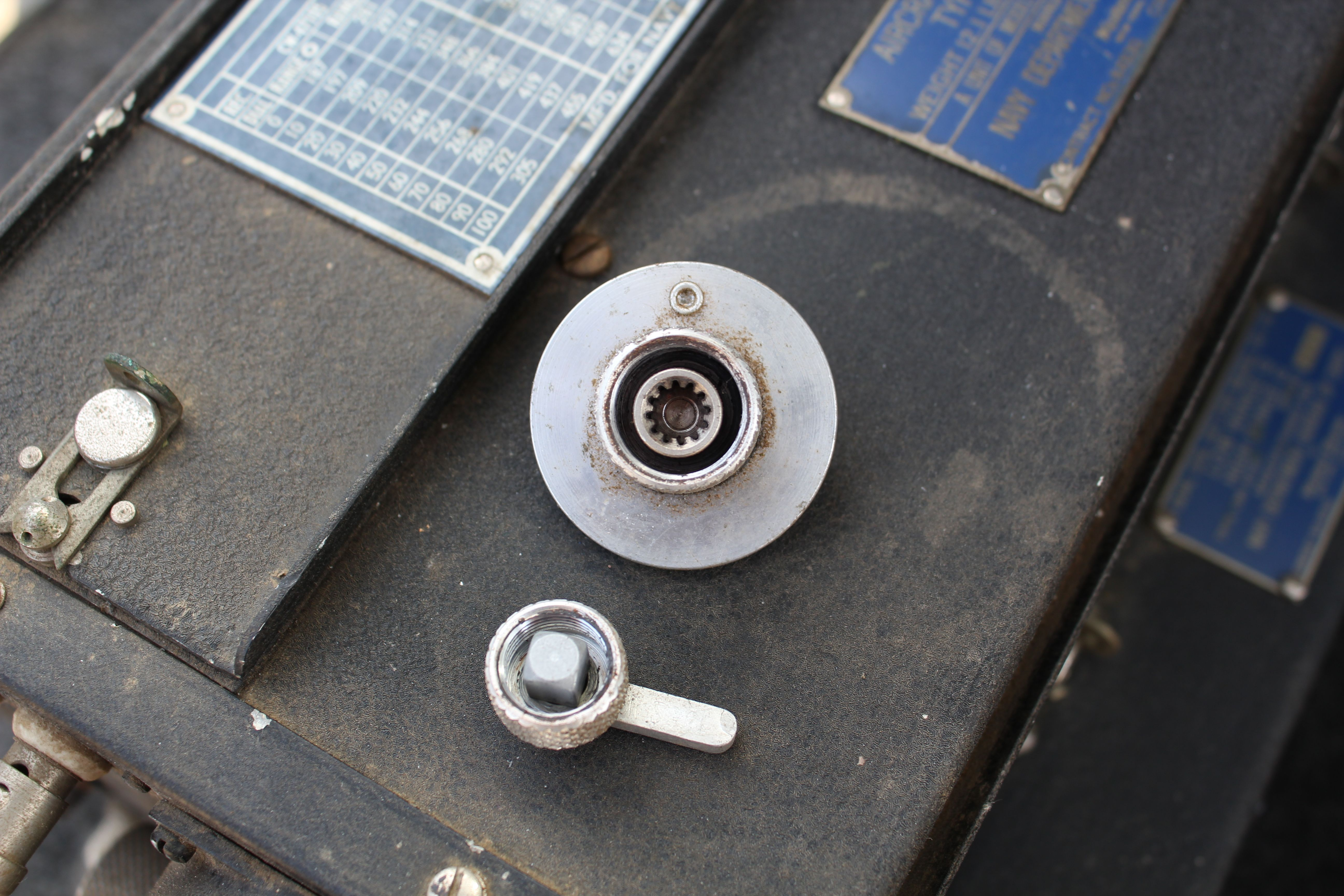 Local Tuning Crank and Switch Knob, Rear