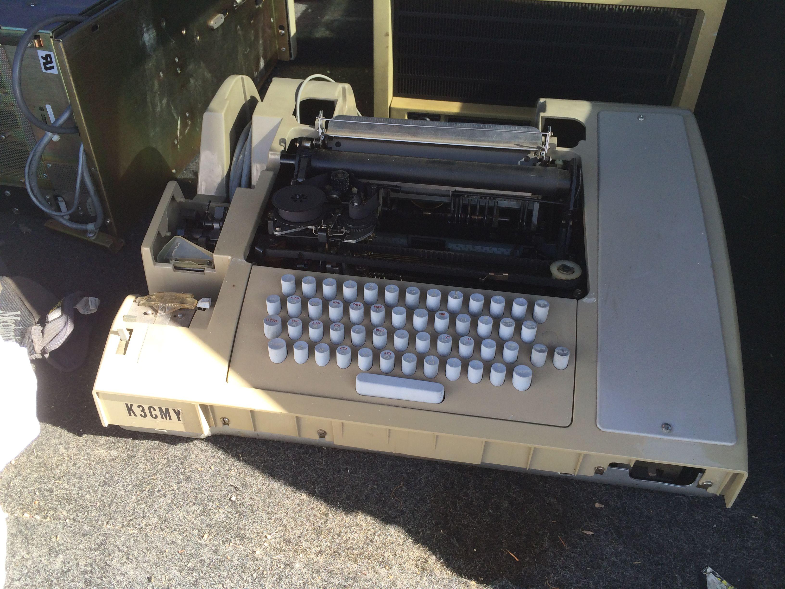 ASR-33 Teletype