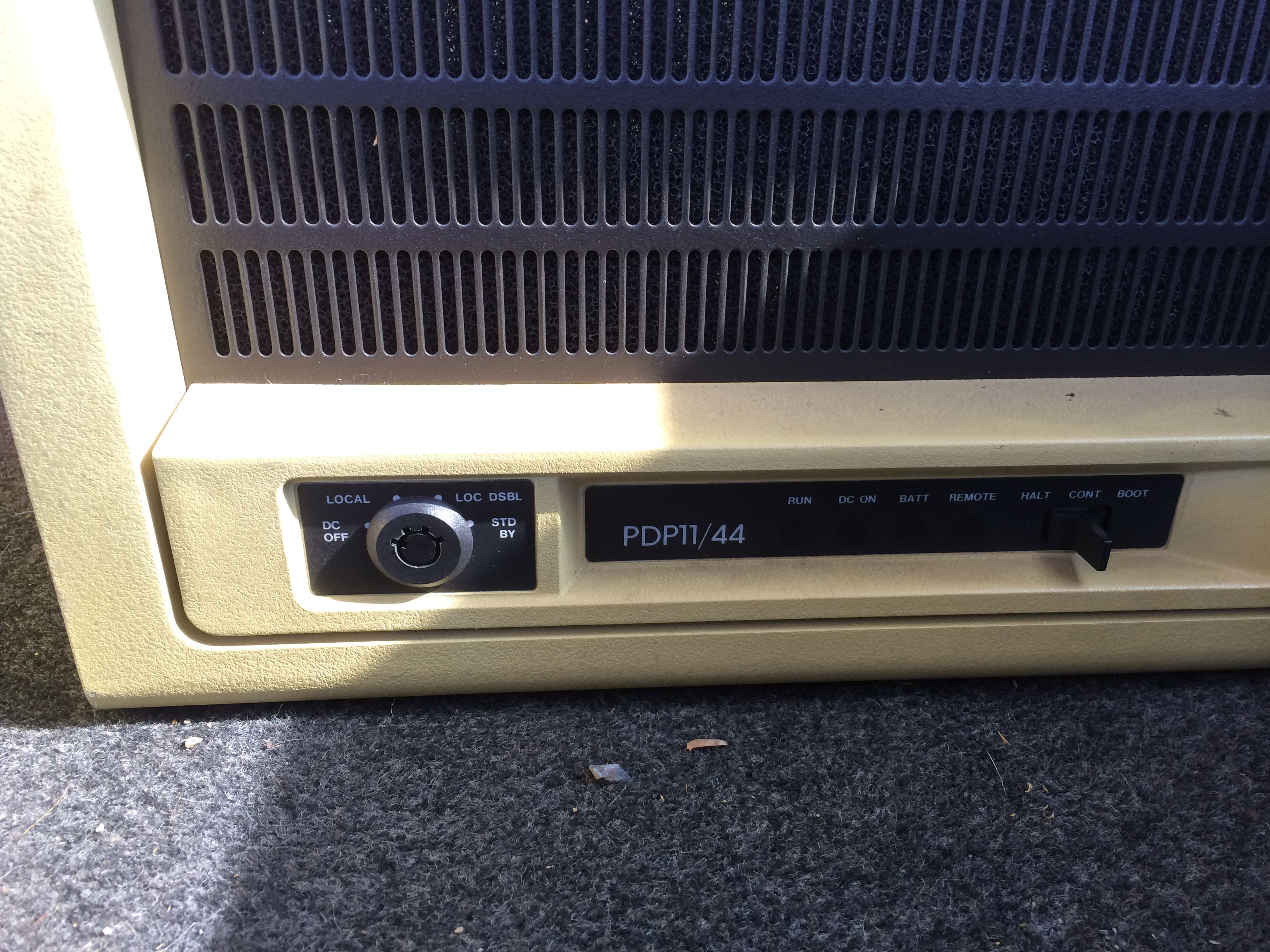 PDP-11/44 Front Panel Controls